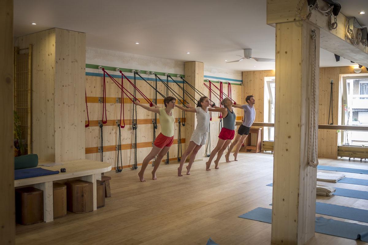 cordes-mur-yoga-iyengar