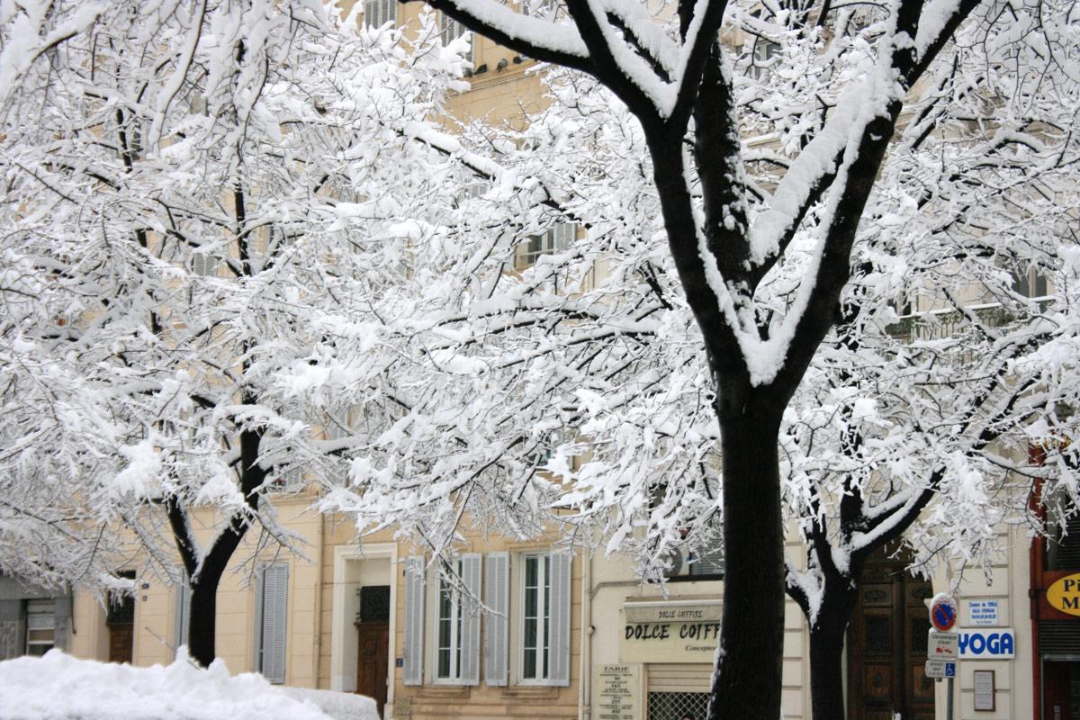 place-sebastopol-enneigée