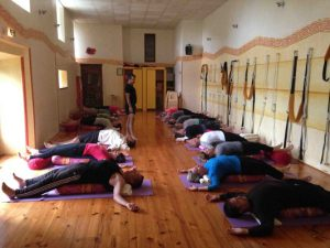 stage yoga iyengar